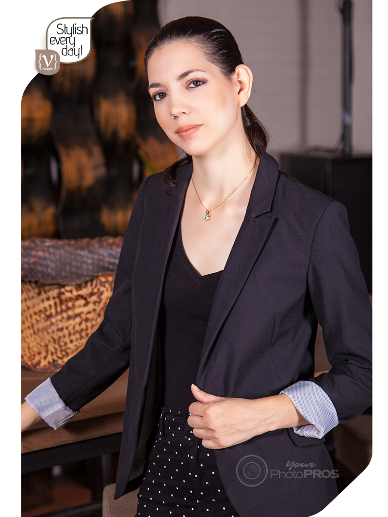 Stylish Every Day - Roll on Sleeve Blazer - VESPER gr Magazine