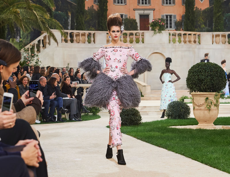 Kaia Gerber - Chanel Haute Couture SS19