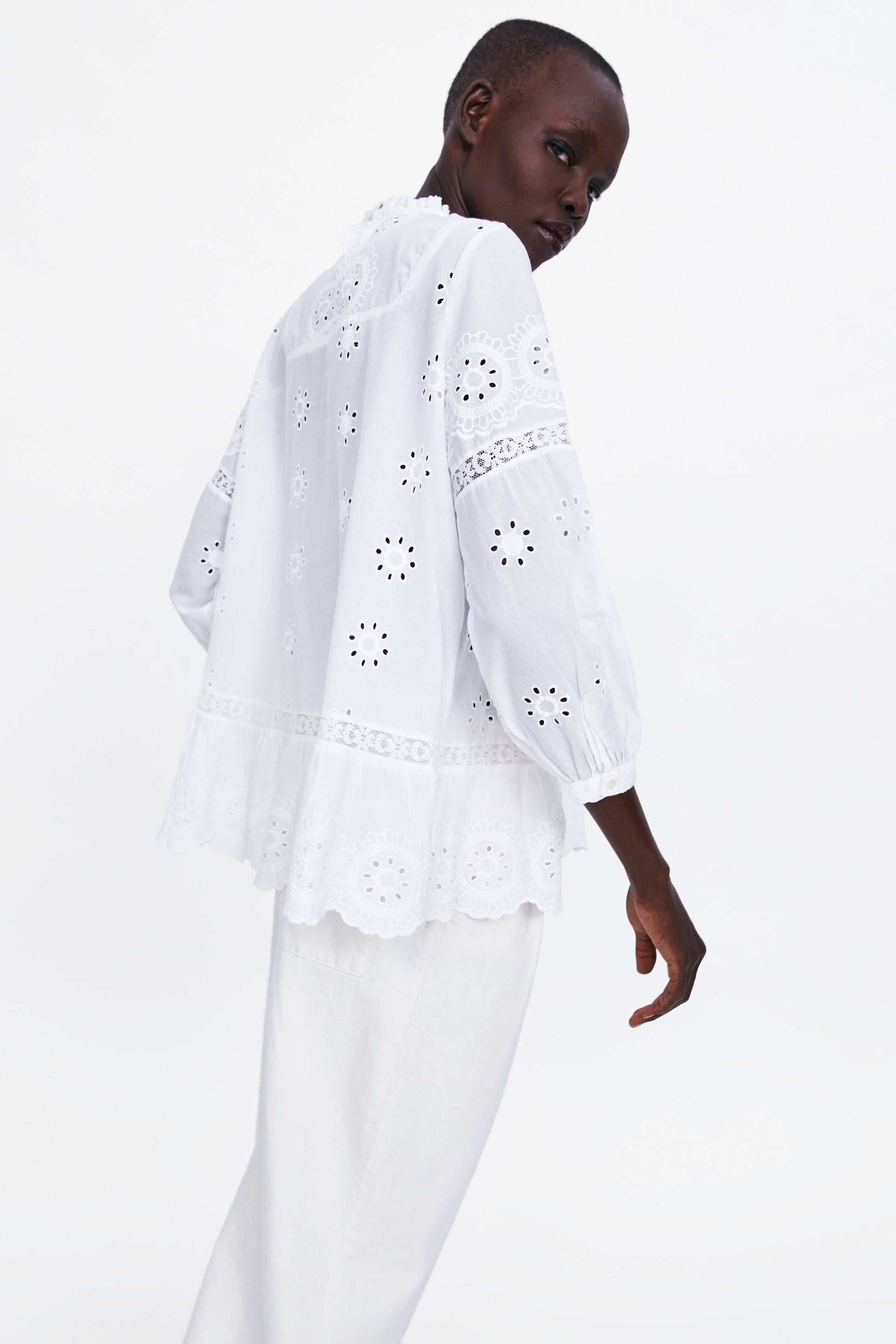 White Shirt - Must Have item