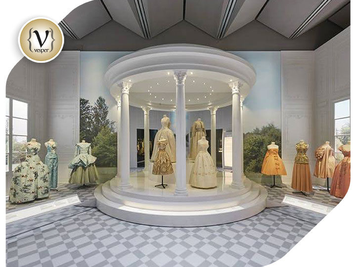 Christian Dior exhibition breaks V&A attendance record