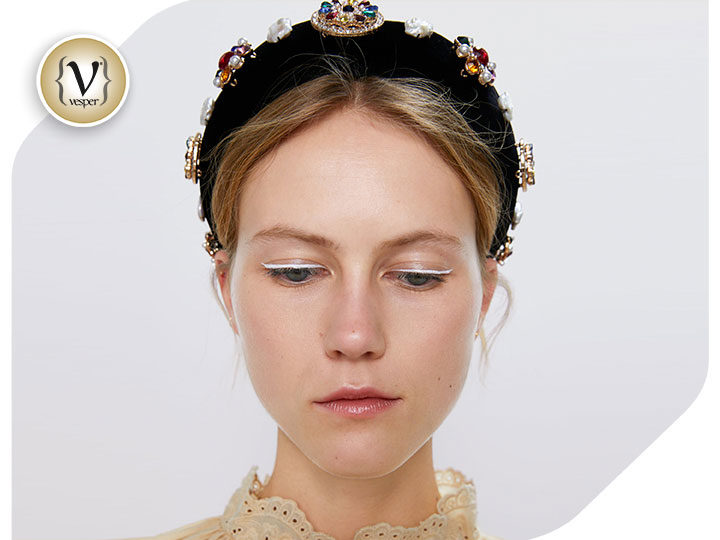 Hairband: The cutest accessories trend of the season!