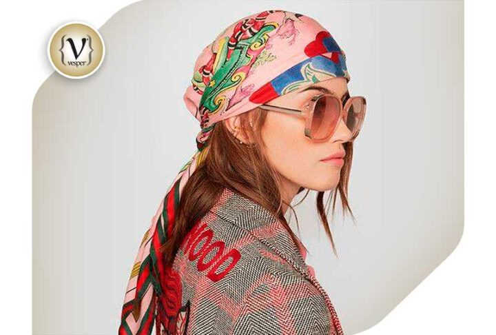 Bandana: the hair trend that jumped out of the quarantine