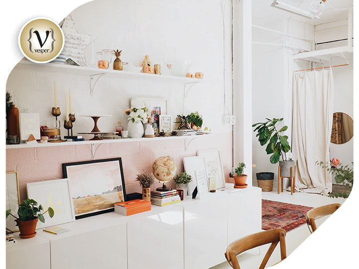 Deco - How to add a feminine touch to your home!
