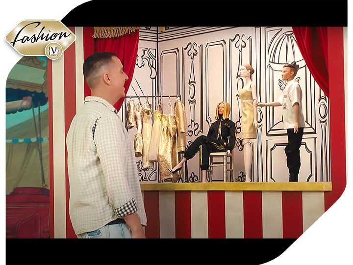 Moschino - a fashion show with puppets